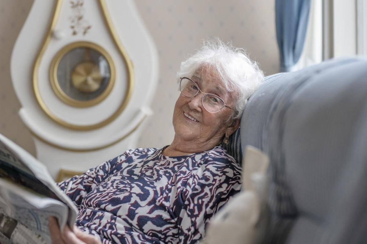 Hopeapuisto Ulvilassa tarjoaa ympärivuorokautista tehostettua palveluasumista ja palveluasumista ikäihmisille